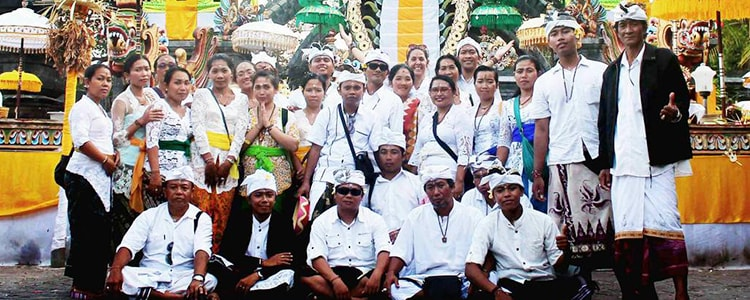 Soma Temple and her Aum Rudraksha team in Bali during a ceremony