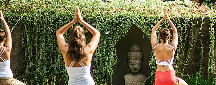 10 reasons to book a yoga retreat in bali