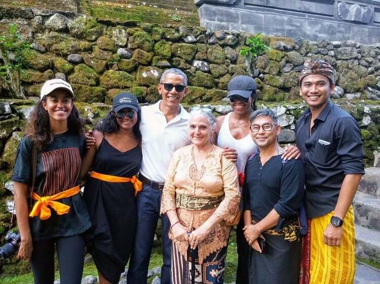 Rucina had the honor of guiding President Obama and his family in Bali in July 2017.