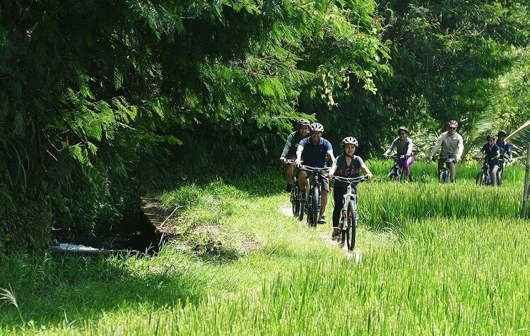 Where is Bali ~ Discover Bali by bicycle and experience the beauty of the island
