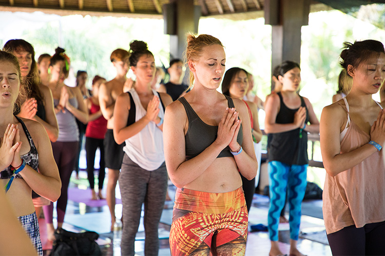 Yoga Teacher Training in Bali mediation