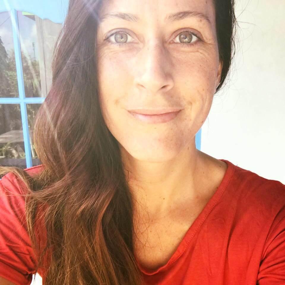 gwendoline ferreira - sound healing therapist