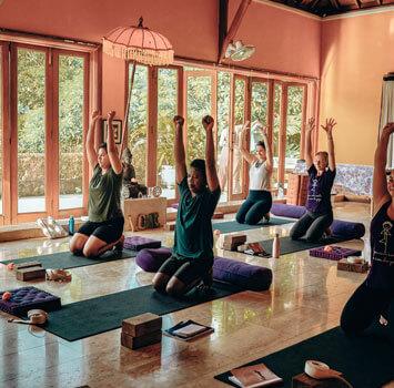 hatha  flow yoga teacher training 200 hour ya certified