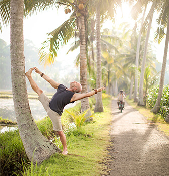 "meet yoga photographer and ""beauty hunter"" ulrike reinhold"