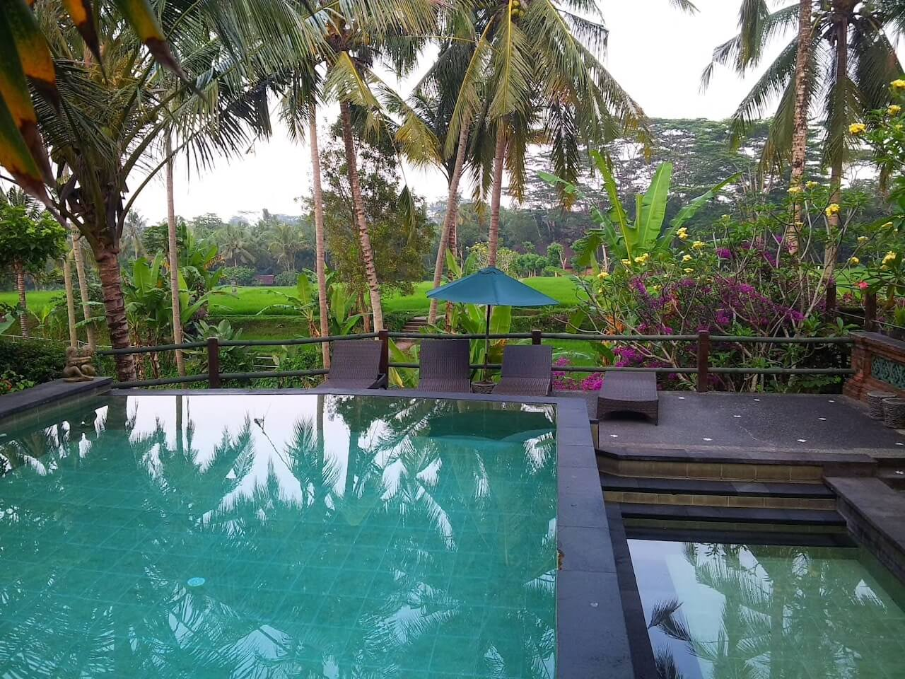 rice field bungalow ( rfb ) near ubud center