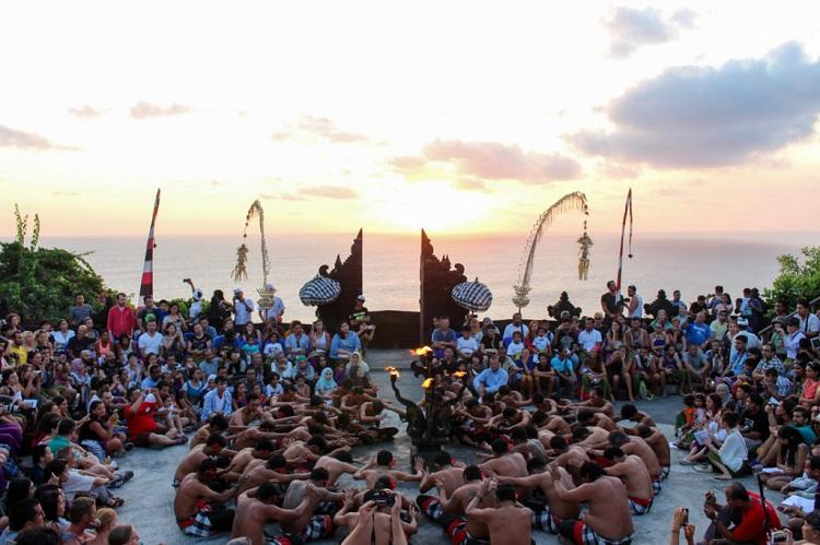 Where is Bali ~ Kecak Dance Uluwatu